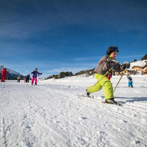 Ski de fond enfant randonnée famille