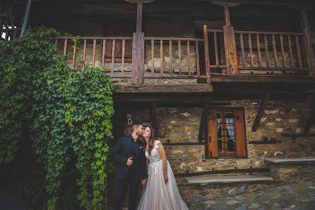 Fotógrafo de casamento Michalis Batsoulas (batsoulas). Foto de 16.07.2019