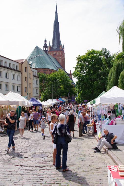 Die Szczeciner Altstadt (Stare Miasto) verwandelt sich bis Sonntagabend zum regionalen Spezialitätenmarkt. Foto: Andreas Schwarze (asc)