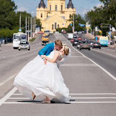 Wedding photographer Yuriy Paramonov (Yopa). Photo of 17.10.2015