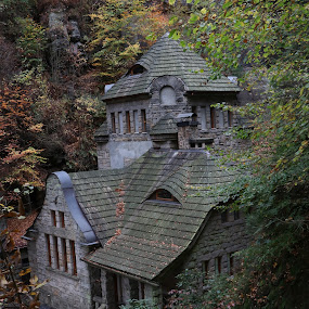 stará budova by Jarka Hk - Buildings & Architecture Homes ( czech republic, historic, old, photo, autumn, house )