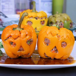 Halloween Jack-o'-lantern – Stuffed Bell Pepper with Pork and Shrimp.
