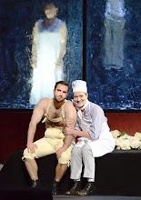 Photo: RUSALKA an der Wiener Staatsoper: Inszenierung Sven Eric Bechtolf. Premiere 26.1.2014. Gabriel Bermudez, Stephanie Houtzeel. Foto: Barbara Zeininger