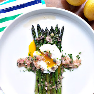 Asparagus With Lemon Caper Brown Butter Sauce
