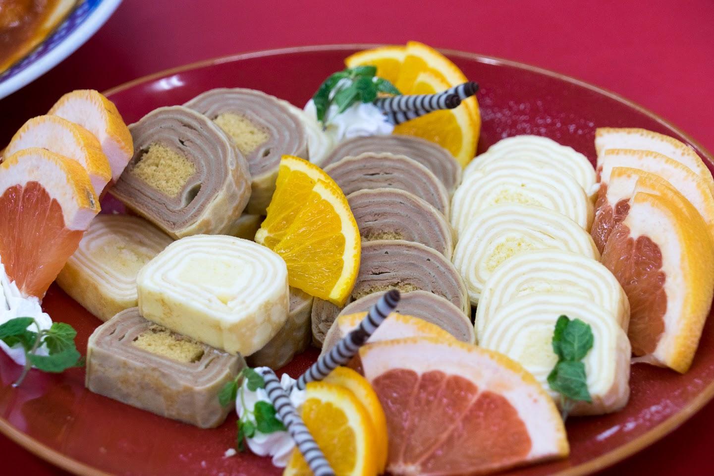 ミルクレープロールケーキ2種・フルーツ・ミント