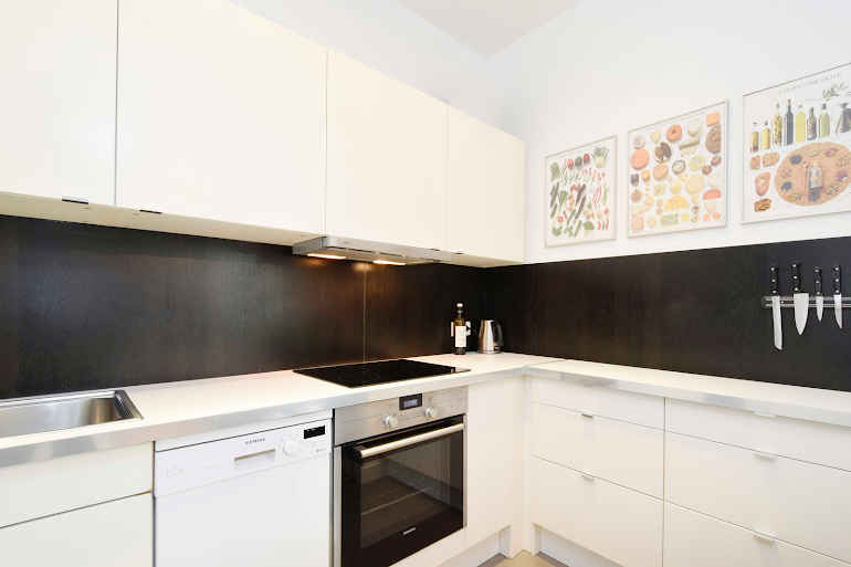 Fully equipped kitchen at Rue de Montorgueil Serviced Apartment, Opera