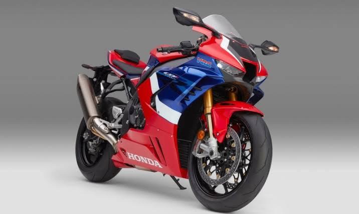 All New Honda CBR1000RR-R Fireblade SP รถจักรยานยนต์ซุปเปอร์สปอร์ตไบค์รุ่นล่าสุด12