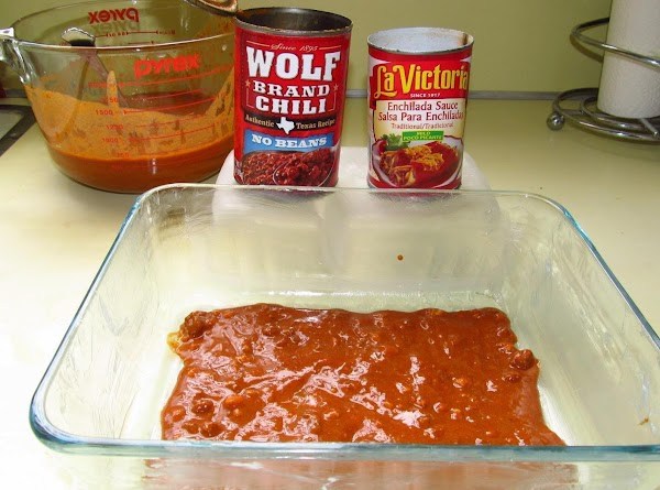 Combine enchilada sauce and chili; mix well. Spoon a small amount into the bottom of...