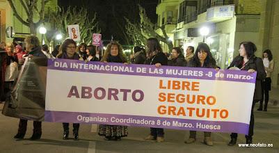 Photo: Huesca: 8M 2014 Inicio manifestación (20:16 h.)