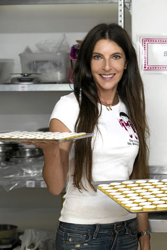 141ef7beec274 ENTREPRENEUR  Confectioner Karen Schneid raises the bar
