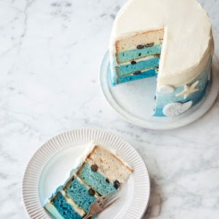 Blue Ombre Vanilla Layer Cake With Blueberries