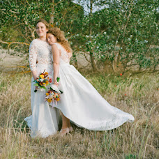 Wedding photographer DANi MANTiS (danimantis). Photo of 04.07.2017