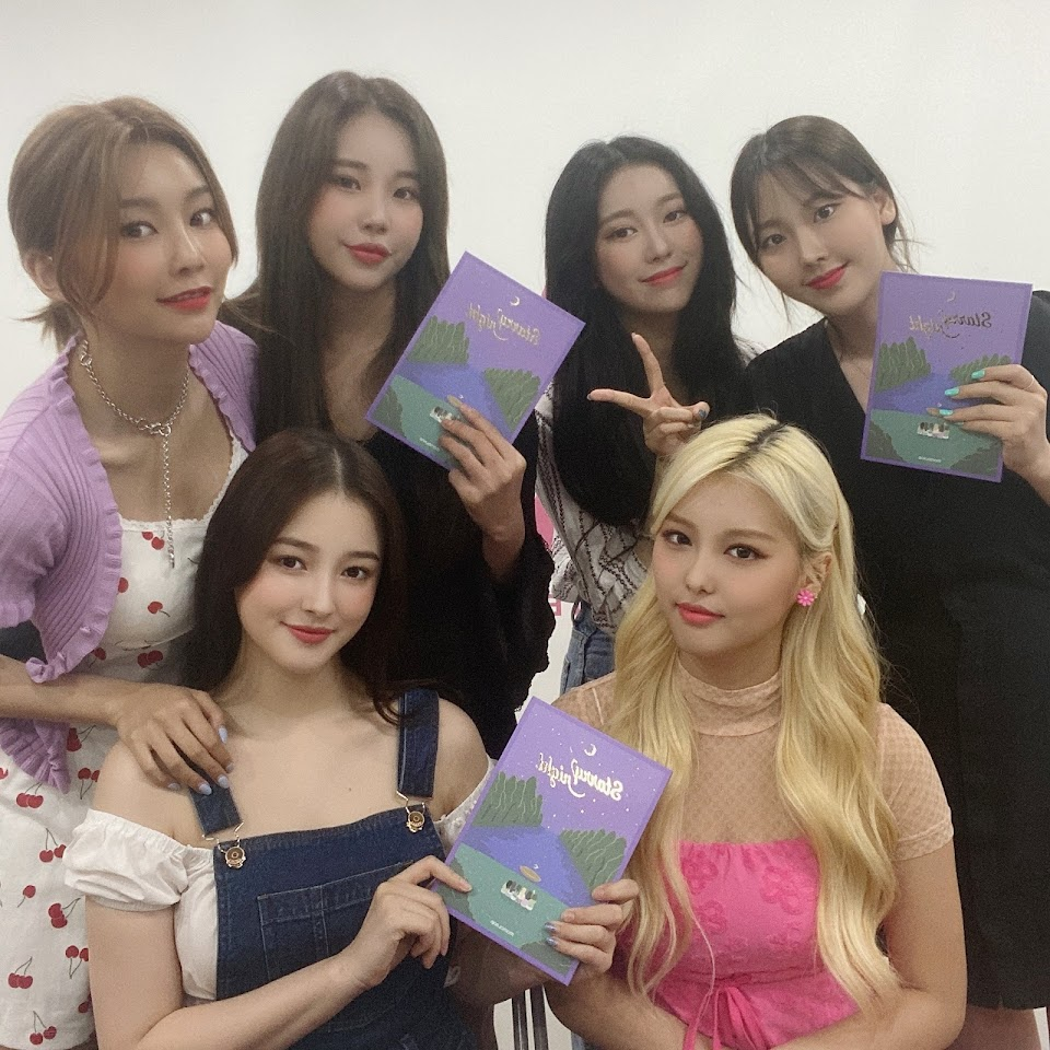 momoland starry night