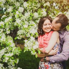 Wedding photographer Alena Gorbacheva (LaDyBiRd). Photo of 20.05.2014