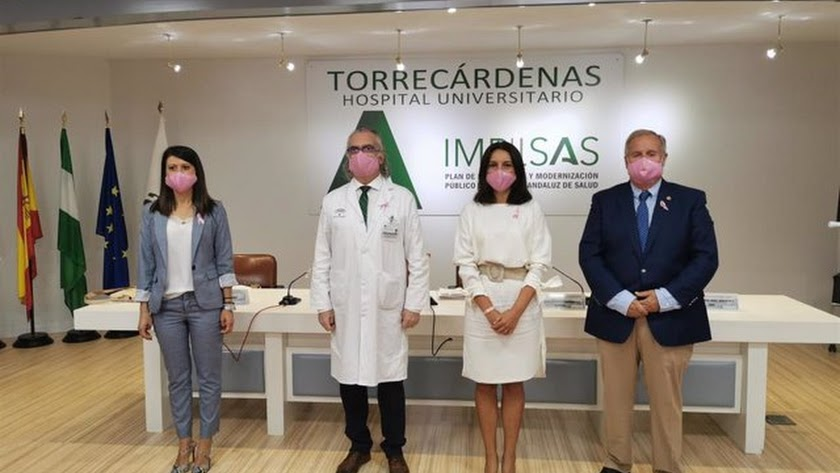Y Foto Hospital Torrecáredenas Jornada Cancer De Mama Aecc.