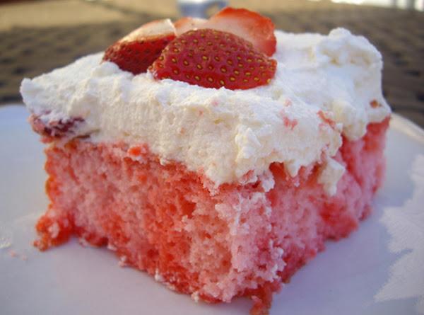 Strawbana Cake Recipe
