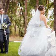 Wedding photographer Tatyana Bugrova (ta-photo). Photo of 28.03.2015