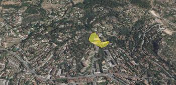 terrain à Hyeres (83)