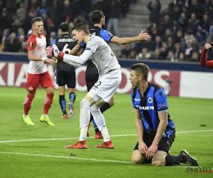 """Analisten en supporters zijn het eens na desastreuze eerste helft Club Brugge: """"Kaas met gaatjes"""" en """"Gelieve jullie diep te schamen"""""""