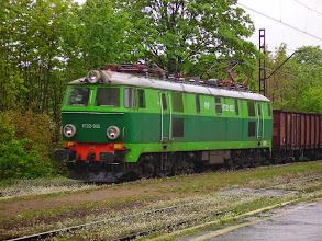 Photo: Wałbrzych Szczawienko: ET22-922 ze składem węglarek udaje się w kierunku Jaworzyny Ślaskiej.