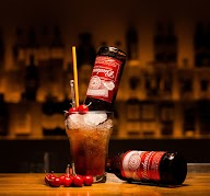 1 Oak Cafe & Bar photo 27