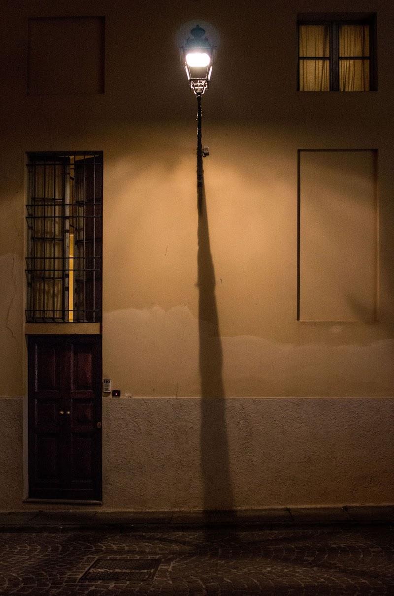 L'impero delle luci - René Magritte (particolare) di atlantex