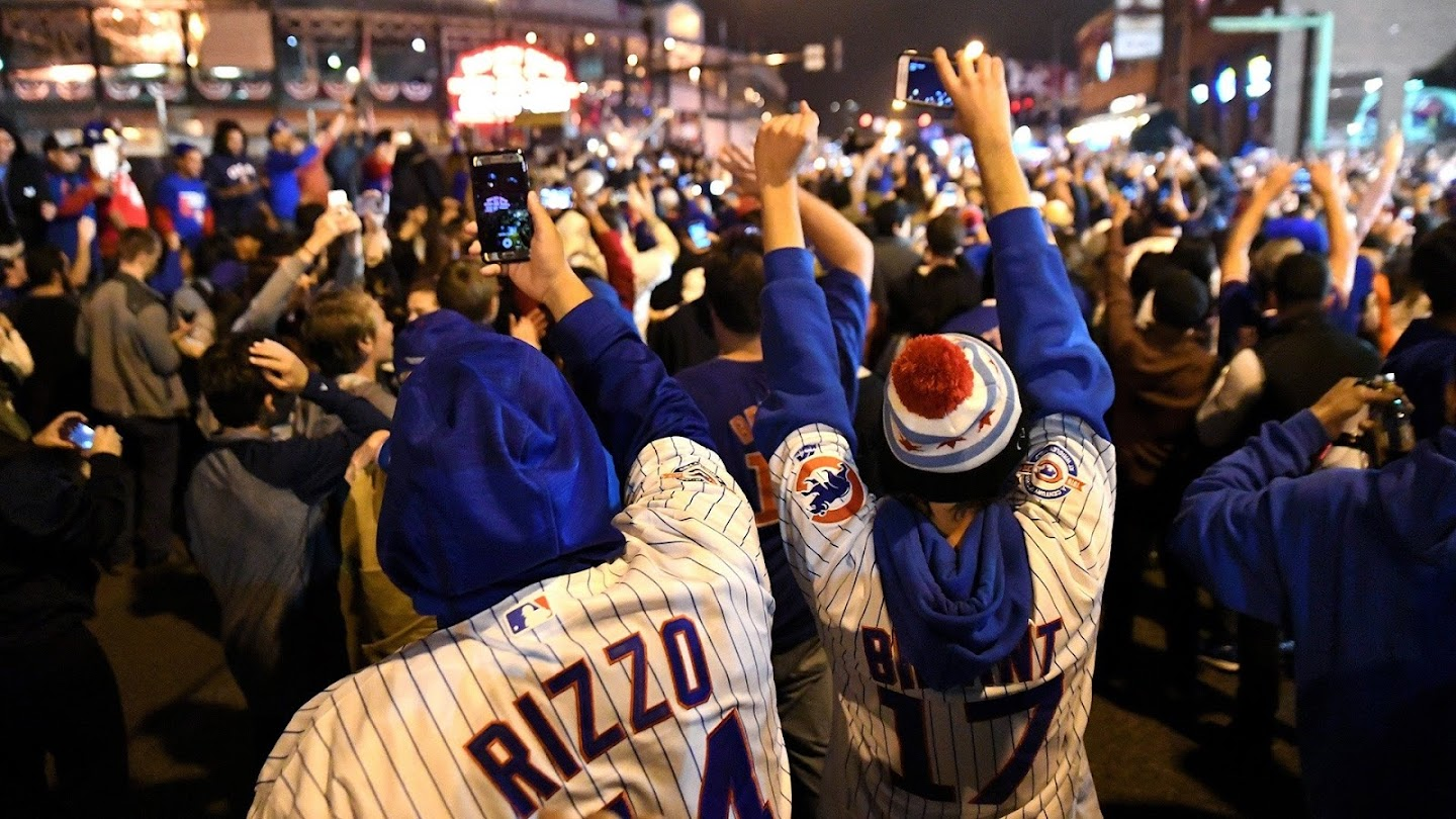Watch Chicago Cubs Parade and Rally live