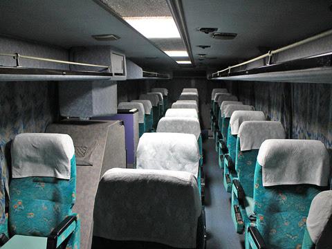 大分バス「トロピカル号」 12767 車内
