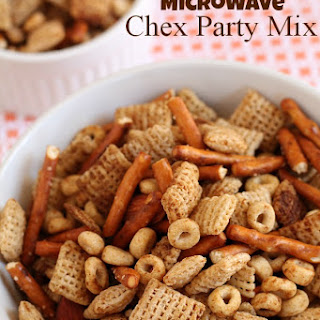 Microwave Chex Party Mix