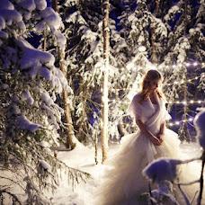 Wedding photographer Nadezhda Sobolevskaya (sobolevskaya). Photo of 19.11.2015