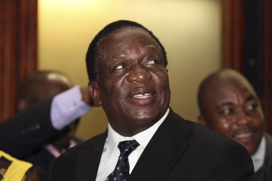 Zimbabwe se Mnangagwa in oorlogsoorlog met die EU-ambassadeur