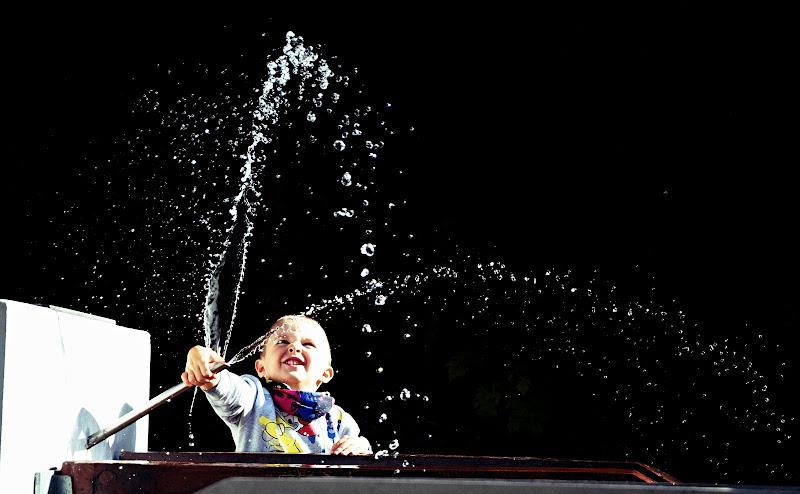 Giocando con l'acqua.. di Lisola
