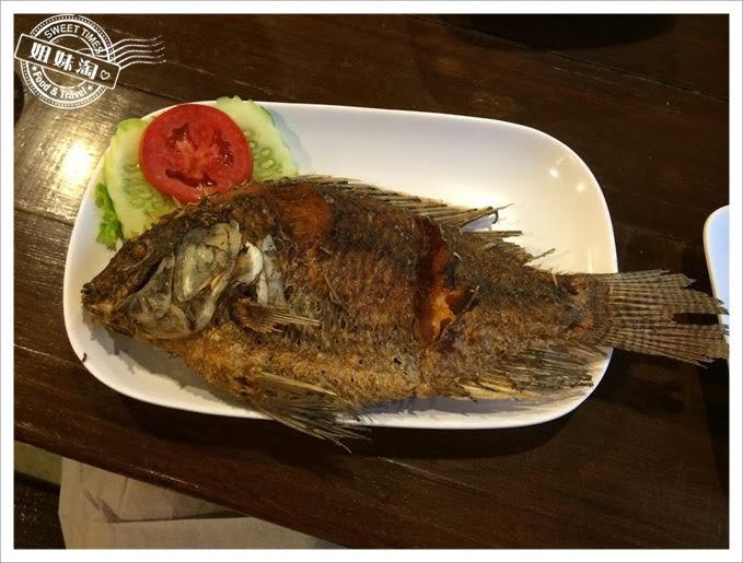 SOMTAM 炸魚