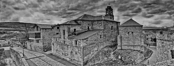 Photo: Puebla de Sanabria Panorama, B&W  This panorama was made out of 3 shots, handheld. My contribution to #MonochromeMonday, curated by +Siddharth Pandit.  (feel free to reshare)