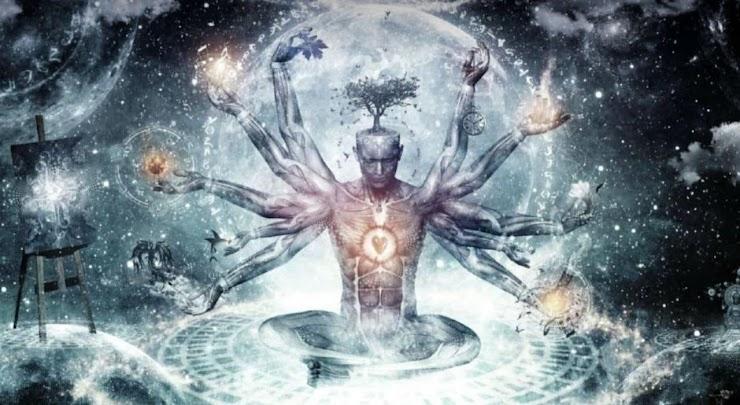 """Наш Феникс"""" Командный человек:   Несет ОБРАЗ - творца своей жизни, трепетно оберегающего природу, созидающего, творящего, исследующего. Дерево на голове - высший природный символ динамичного роста, сезонного умирания и регенерации.  Сердце человека открыто и является ядром его вселенной. в  древней  Китайской мифологии Феникс"""" знаменует собой - доброе знамение и означает, что на небе наступил мир и что там всё спокойно. Рождается МИР во ВСЕЛЕННОЙ"""