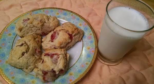 Strawberry Shortcake Scones Recipe
