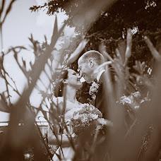 Wedding photographer Maksim Ronzhin (Mahik). Photo of 09.08.2015