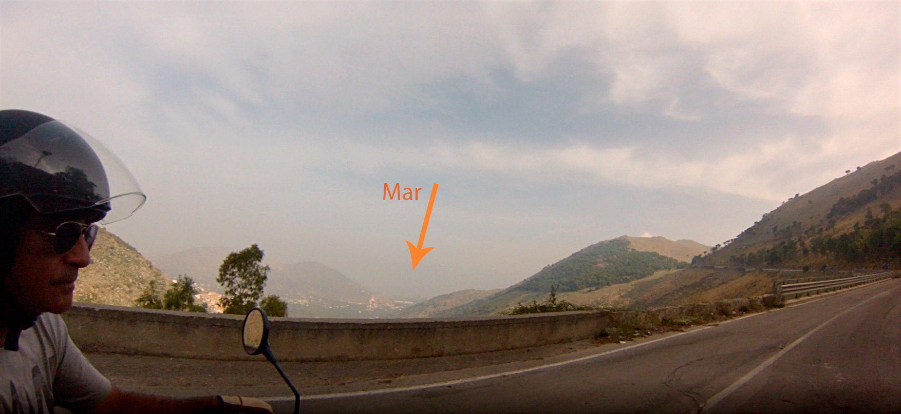 De Palermo a Corleone en moto con sidecar