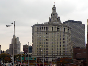 Photo: View of the Municipal Building in Lower Manhattan. http://www.aviewoncities.com/nyc/municipalbuilding.htm