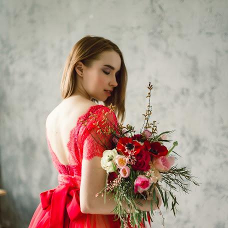Свадебный фотограф Полина Захаренко (polinazakharenko). Фотография от 19.03.2018