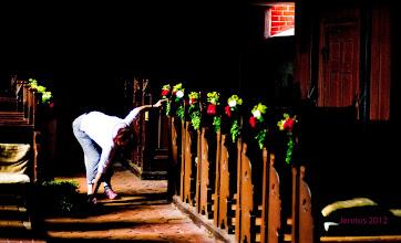 Photo: Die Dorfkirchen in Mecklenburg-Vorpommern werden immer mit frischen Blumen geschmückt.