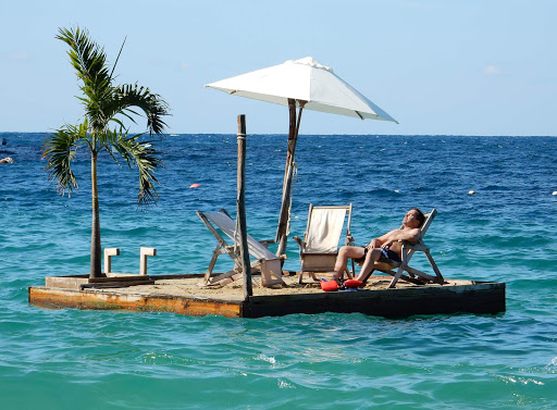 An idyllic scene at Las Caletas during a shore excursion from Puerto Vallarta, captured with a Nikon Coolpix S9900.