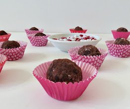 Photo: Nutella Truffles - A healthy, sweet raw chocolate truffle made with Nutella, Oats and powdered chocolate.  http://www.peanutbutterandpeppers.com/2013/02/05/nutella-truffles/#  #nutella   #nutellatruffle   #chocolatetruffles   #glutenfreerecipes   #Nationalnuttelladay   #chocolate   #chocolatecandymaking
