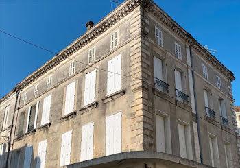 locaux professionels à Barbezieux-Saint-Hilaire (16)
