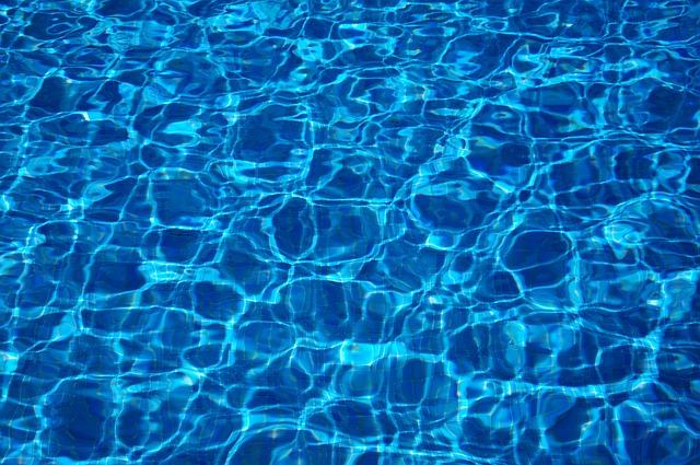 water-103817_640.jpg