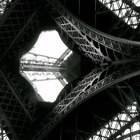 Paris by Sarah Nelson - Buildings & Architecture Other Exteriors ( eiffel tower, paris, arcitecture, travel, buliding )
