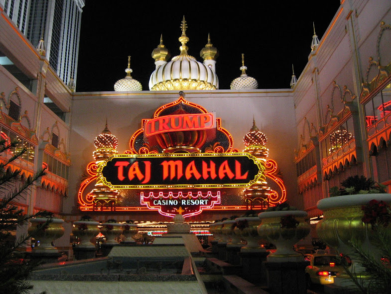 Entrance to the Trump Taj Mahal in Atlantic City, NJ.