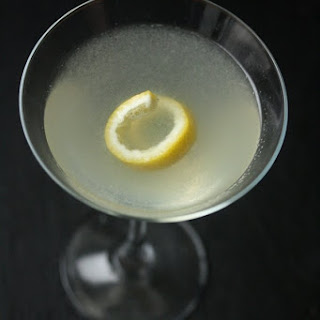 Lemon and Vodka Martinis a.K.a. Gravitinis Recipe