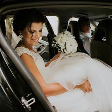 Wedding photographer Michał Teresiński (loveartphoto). Photo of 03.10.2017
