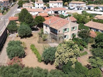 Villa 7 pièces 186 m2
